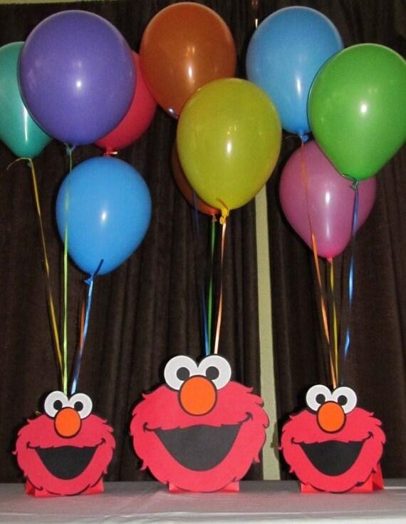 Elmo balloon holder centerpieces
