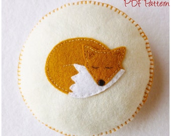 Sleepy Fox Pincushion PDF Pattern and Tutorial, Instant Download