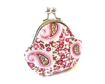 Pink pouch, pink paisley kiss lock clasp purse, fabric snap frame purse, change pouch
