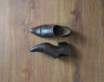 brown western ankle boots / vintage cowboy leather shoes / short animal print boots 6