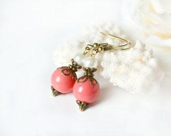 Coral bridesmaid earrings, coral dangle earring pearl bridesmaid gift wedding party jewelry drop earrings beadwork chandelier set of 3 4 5 7