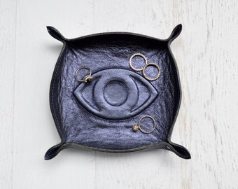 eye of protection leather tray / catch all / ring tray / dresser organizer / valet tray / jewelry bowl / jewelry organizer / evil eye / gift