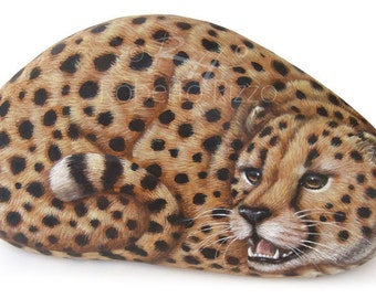 Wild Cheetah Hand Painted on a Rock! Stone Painting by Roberto Rizzo