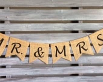 Mr and Mrs Burlap Banner, Mr and Mrs Burlap Sign, Wedding Decoration, Head Table Banner, Wedding Burlap Banner