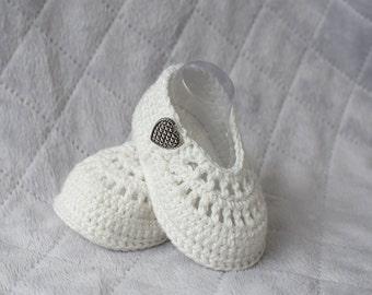 Baby Blessing Shoes, Baptism Shoes, Christening Shoes, Girl Shoes, Baby Girl Shoes, Crochet Blessing Booties, Crochet Baptism Shoes, Nursery