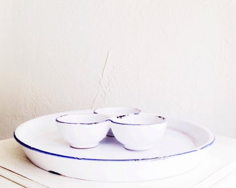 Vintage Serving Dish / Chip and Dip /
