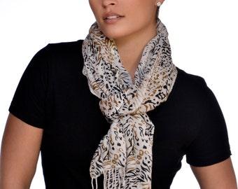 oblong cougar women Detailsid39925logos: oval y, cougars, swooshscreen print logoslong sleevecrew neckbrand: nike100% cotton.