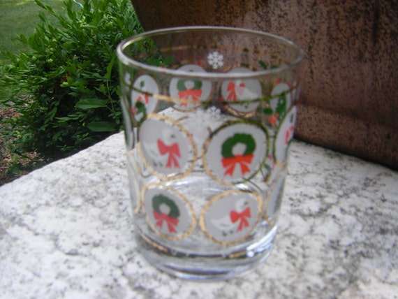 Vintage georges briard signed christmas holiday glass vintage for Christmas in a glass cocktail