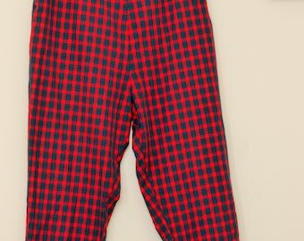 Vintage 60s Cigarette Pants / 60s Plaid Pants  / Red and Green Tartan / SIde Zipper / Large Size