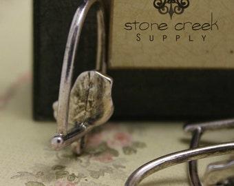 Antique Silver Swinging Bird - Charm Pendant - Nickel Free, Lead Free & Cadmium Free, RoHS Certified - 6031114
