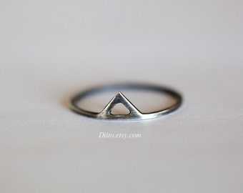 Size 7, Sterling Silver, Oxidized Triangle Ring, Thin Rings, Simple Rings,  Minimalist Ring, Geometric, Ready To Ship!