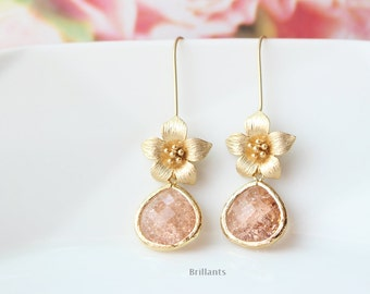 Champagne peach and Cherry Blossom earrings in gold, Bridesmaid jewelry, Everyday earrings, Wedding earrings