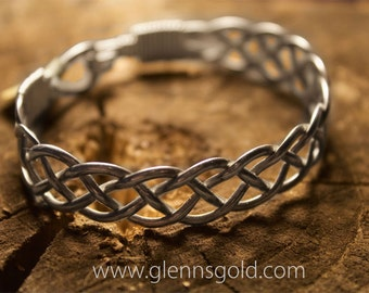 Beautifully woven silver bracelet (Style Q)