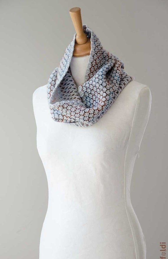 Knitted cowl merino wool tube scarf reversible cowl snood