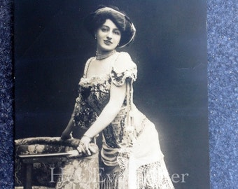 Vintage Hollywood Glamour // Antique RPPC Annie Backer postcard // Antique beauty postcard // Antique RPPC actress postcard