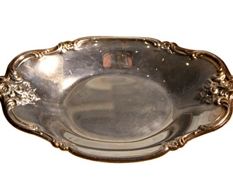 """Vintage Silver Plate Candy Dish, International Silver Co, 5.5"""" x 8.5"""", Approximately 1"""" depth"""