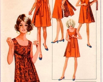 Vintage UNCUT Simplicity Pattern 8125 - Misses Jiffy Reversible Dress - Simple-to-Sew - 8-10