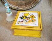 Sweet Trinket/Jewelry Box in School Bus Yellow / Sunny Yellow 70's Trinket Box with Sunbonnet Girl and Puppies