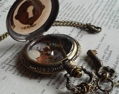 Steampunk Victorian Pocket Watch Keyhole Amber See through Vintage Key Clock Gears Curiosity Watch Clock Case Jewelry Necklace