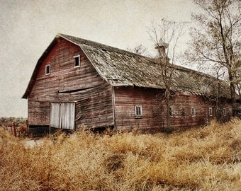 Barn Photography, Rustic Farmhouse Decor, Wall Art Print, Farm Decor, Country Barn Landscape Picture | 'Old Red'