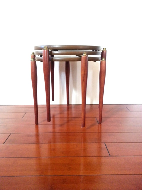 Mid Century Nesting Stacking Tables Set Of Three Faux White