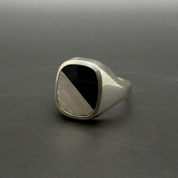 s signet ring black onyx 835 silver ring size 9