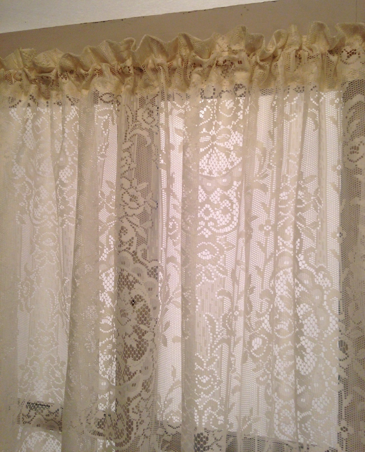 Long Ivory White French Country Chic Floral Lace Curtain