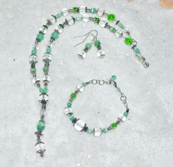 Necklace Bracelet & Earring Set Green Beaded Lariat Glass Beads Silver Accents