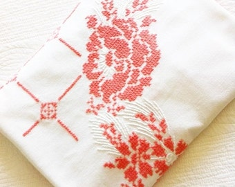 Vintage Shabby Chic Coral and Heirloom White Rose Table Linen, Cottage Home, Olives and Doves