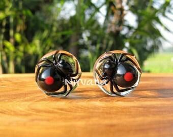 """Black Widow Spider with Dark Red Spots Glass Plugs 4g 2g 0g 00g 7/16"""" 1/2"""" 9/16"""" 5/8"""" 3/4"""" 1"""" 5 mm 6 mm 8 mm 10 mm 12 mm 14 mm 16 mm - 25 mm"""