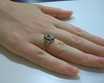 Diamond & Saphire Princess Di Like Ring!