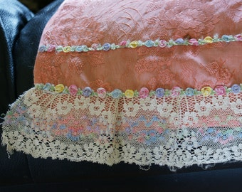 Peach Satin 1950s Hand Embroidered Vintage Lace Trimmed One Of A Kind half Apron with Instructions & Drawings M-369