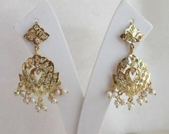 Gold Jadau  Earrings with Pearl drops/Dangle Chandelier Earring/Punjabi Mughal Muslim Begum Earrings/Bridesmaid Earrings Gold Filigree