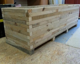 Planter.indoor planter,outdoor planter,pallet planter,garden planter,vegetable planter,rustic planter,window box,window planter SIZE LARGE
