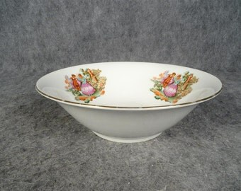 Vintage Colonial Themed Serving Bowl