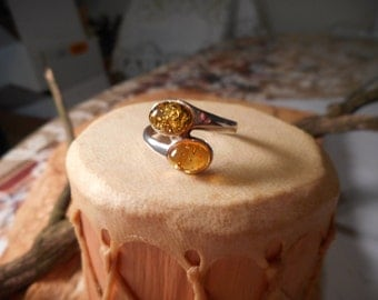 Green and Yellow Baltic Amber Ring Set in Sterling Silver Size 7.75