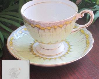 Free Shipping Tuscan C7016 Green Bone China Tea Cup and Saucer - Made in England