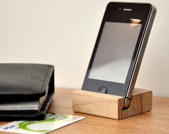 Wooden iPhone stand PH001