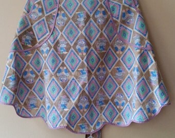 Vintage Southwest PatternTwo-Pocket Half Apron