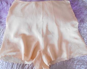 1930's Peach Silk Tap Pants/Flapper/Lingerie