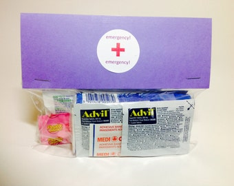 WEDDING EMERGENCY KITS (Comfort Kits,  Out of Town Guest, Bridesmaids, Hang Over Kits, Thank-you Gift, Wedding Favour, Beach)