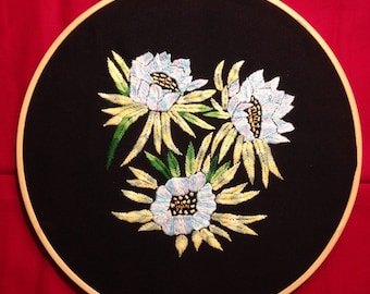 Flower embroidery hoop