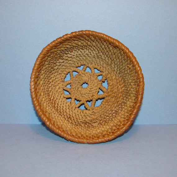 Old Handmade Baskets : Old antique handmade basket small size star snowflake design