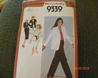 Vintage 1979 Simplicity 9339 Sewing Pattern Juniors' Skirt, Pants, and Unlined Shirt-Jacket Size Junior 11