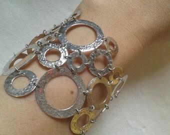 Silver circles bracelet