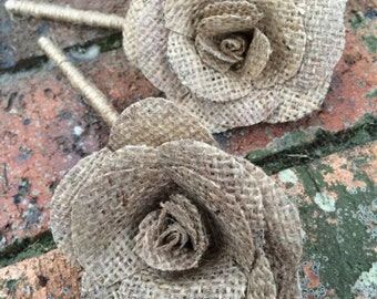"Button pin hole ""suit"" rose bud x4"