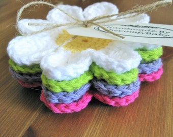 Crochet Coasters, Coaster Gift Set, Housewarming Gift, Hostess Gift, Thank You Gift, Flower Coasters, Set of 4 Coasters
