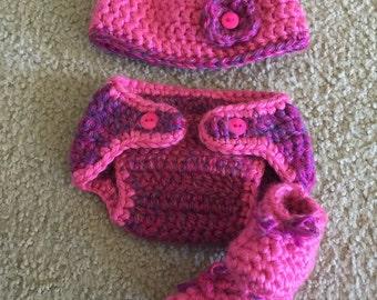 Crocheted newborn oufits!