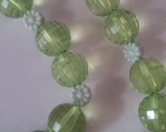 Green Flower Beaded Necklace and Bracelet Set  (#233)