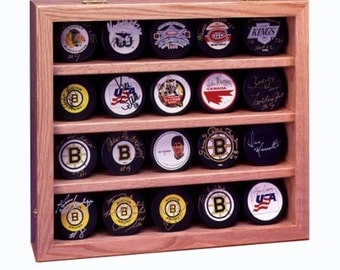 20 Hockey Puck Wall Mount  Display Case